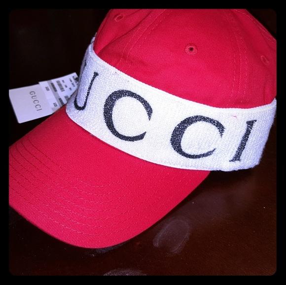 08d8dd52904e4 Gucci Other - Gucci Headband Hat